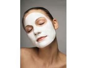 Біла глина в косметології фото