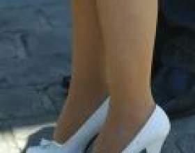 З чим носити білі туфлі на високих підборах фото