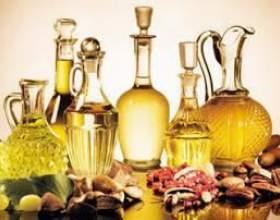 Чим відрізняється нерафіновану олію від рафінованого? Натуральні рослинні масла фото