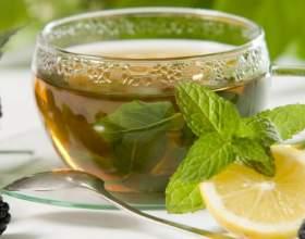 Чим корисний чай з м'ятою: улюблений заспокійливий напій фото