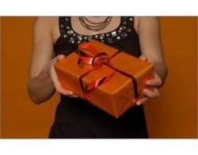 Що подарувати свекрусі на новий рік? фото