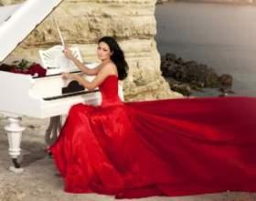 Колір весільного плаття: класика або екстравагантність? фото