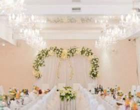 Квіткова казка: модні тенденції оформлення весілля квітами фото