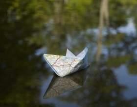 Робимо простий кораблик з паперу разом з дітьми фото