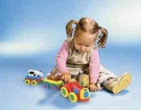 Дитячі розвиваючі іграшки від 1 року до 3 років фото