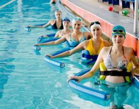 Для будь-якого віку плавання в басейні - корисно для здоров'я. Руйнуємо міф, що для вагітних плавання в басейні - це шкода фото