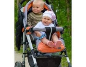 До якого віку дитині потрібна коляска? фото