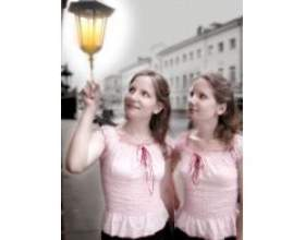 Характер близнюків, які виросли в одній сім'ї фото