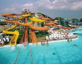 Шукаємо кращий в місті аквапарк. Сочи - столиця розваг! фото