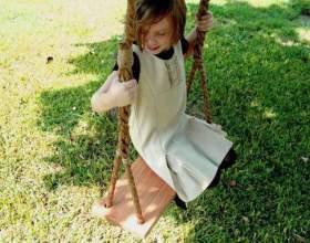 Гойдалки підвісні - не тільки дитяча розвага, а й задоволення для дорослих фото