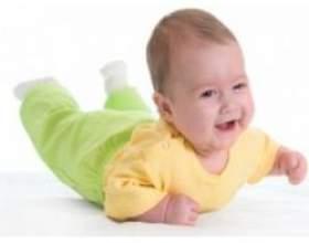 Як повинна додавати дитина у вазі на першому році життя фото