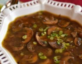 """Як готувати грибний суп: """"перше"""" з дарів природи фото"""