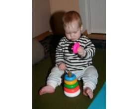 Як грати з дитиною 10 міс? фото
