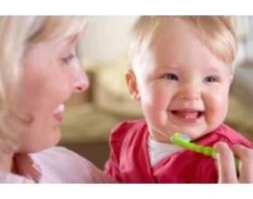 Як навчити дитину чистити зуби? фото