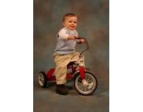 Як навчити дитину кататися на велосипеді фото