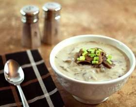 Як приготувати смачний крем-суп із заморожених грибів, рецепт фото