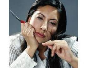 Як прибрати посічені кінчики у волосся? фото