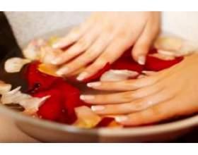 Як доглядати за своїми нігтями? фото