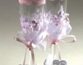 Як прикрасити келихи на весілля фото