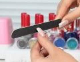 Як надати форму нігтям фото