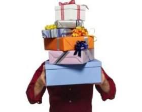 Яким жінкам чоловіки люблять дарувати подарунки? фото