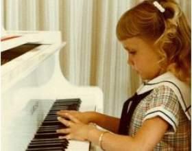 Яке піаніно вибрати для дитини? фото