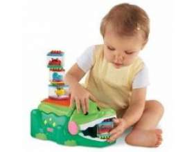 Яку купити іграшку дитині в 1 рік фото