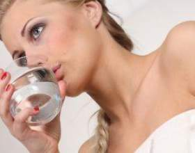 Яку воду потрібно пити і скільки? фото
