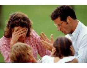 Конфлікт: батьки і діти в сім'ї фото