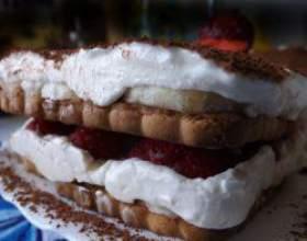 Ласощі богів: рецепт полуничного торта тірамісу фото