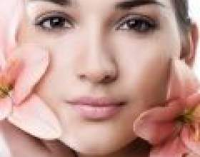 Рожева глина для обличчя фото