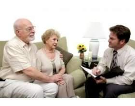 Чи може сімейний психолог допомогти відносинам фото