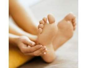 Народні засоби для догляду за ногами фото