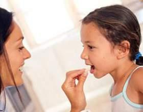 Неприємний запах з рота у дитини: причини фото