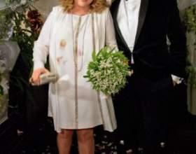 Нерівні шлюби: доросла жінка фото