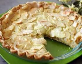 Ніжне тісто на сметані для пирога. Рецепти смачної випічки фото