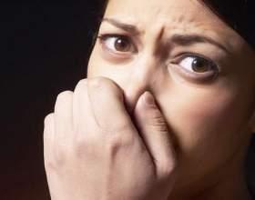 Про що свідчить неприємний запах сечі? фото