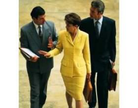 Одяг для бізнес-леді фото
