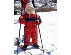 Відпочинок взимку з маленькою дитиною фото