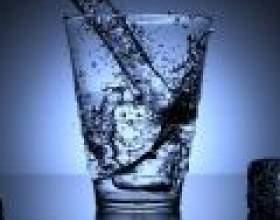 Яка вода корисна для здоров'я фото