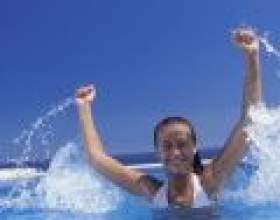 Про користь занять плаванням фото