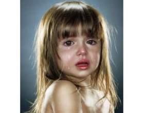 Чому діти сильно плачуть фото