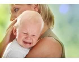 Чому плачуть маленькі діти? фото