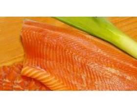 Корисні властивості червоної риби фото