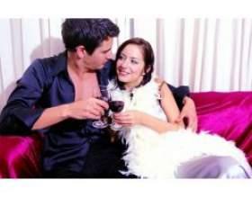 Поведінка одруженого чоловіка при вигляді коханки фото