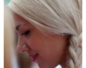 Зачіски, які включають плетіння кіс фото