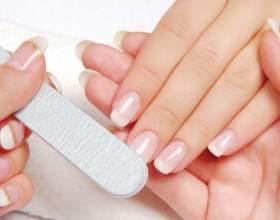 Причини нерівних нігтів на руках: неідеальний манікюр фото