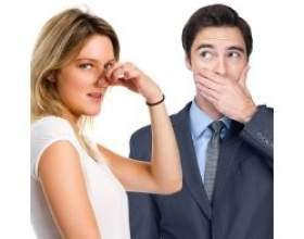 Причини запаху з рота і як від нього позбутися фото