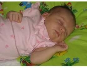 Розвиток новонародженої дитини, слух і зір фото