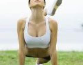 Шість вправ для красивих грудей фото